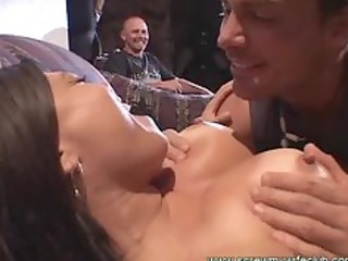 wife likes intensive pussy eating