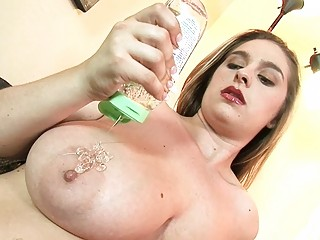 mega breasted milf honey oils her moist peaches