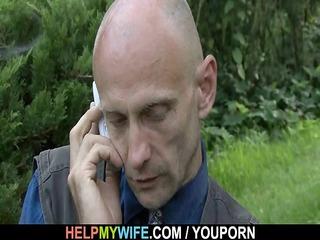 hung dude fucks sexy looking wife