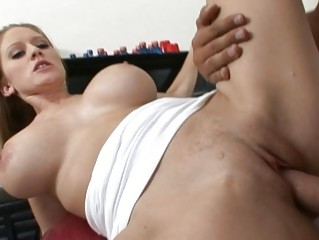 busty blonde milf floozy doing oral job and
