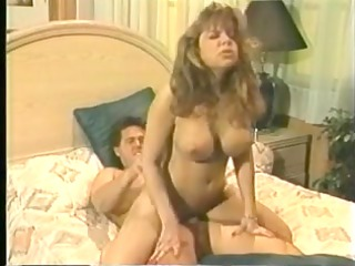 lonely & horny mother seduces the garbage