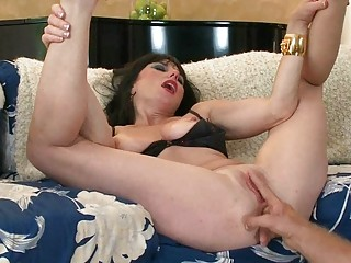 wicked large titted d like to fuck toys her juicy