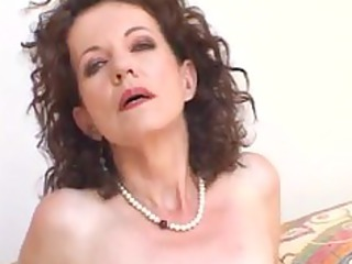 curly mother t live without black cock