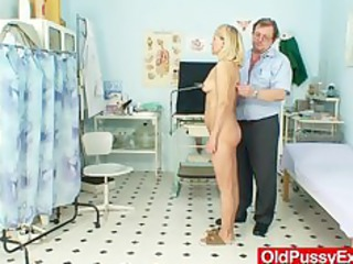 blonde d like to fuck mamma filthy billibongs and
