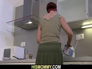 mother eats her sons gf twat