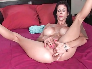 wicked large titted d like to fuck wench