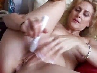 non-professional aged anal
