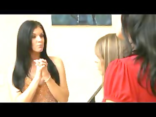 lesbo aged mother younger girl