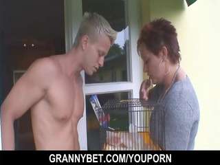 pretty neighbor granny gets group-fucked by hung