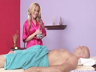 massaggio_con_ingoio