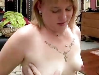 cute obese milf gives a great oral stimulation