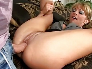 breathtaking blonde milf with sexy wazoo gets