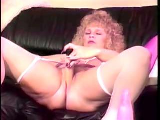mature blonde shablee dildos 1