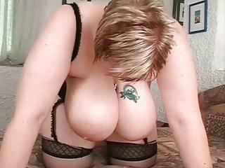 breasty bulky wife
