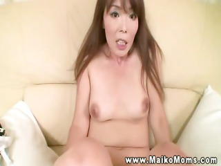 horny milf getting love tunnel fingered and can