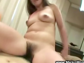 asian d like to fuck receives vagina drilled