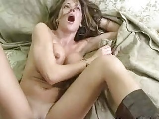 tempting sexy momma hunter bryce receives a hot