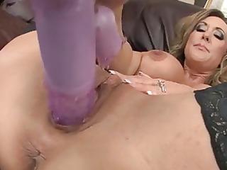 sexy mother i brandi love stuffs her cum-hole