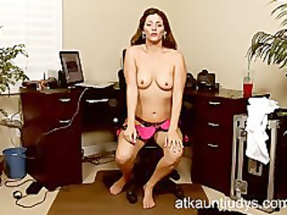 d like to fuck alicia silver opens up her cunt