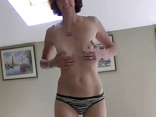 amateur wife stripping