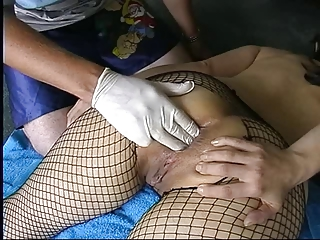 dilettante mother i in fishnets anal fisting