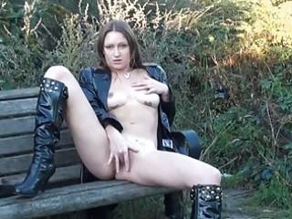hot english d like to fuck randy masturbating
