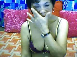 filipino milf on webcam