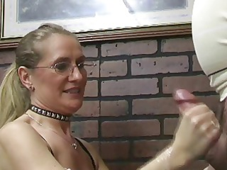 milfs making fellows erupt