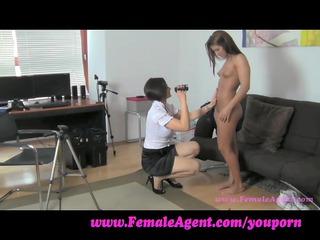 femaleagent. i want to smack