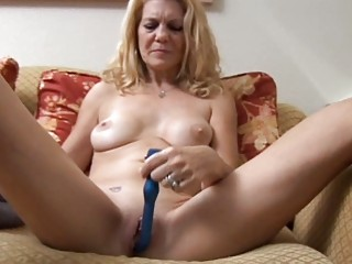 older babe has a pierced snatch